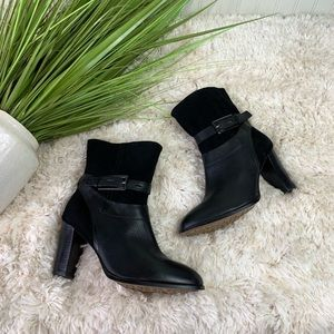 Clark's Kacia leather and suede ankle boot size 10